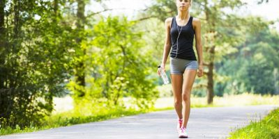 How to Choose Walking Clothes